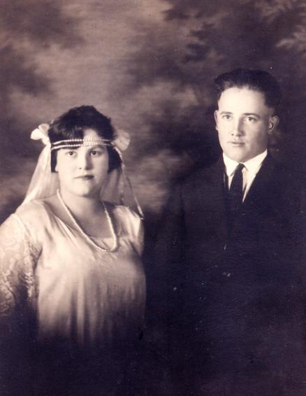 ray&evelyn1923.jpg